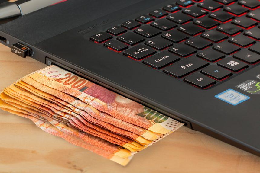 Błędne dane przelewu? Bank pomoże Ci w odzyskaniu pieniędzy!