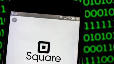 Square rozpycha się w usługach finansowych