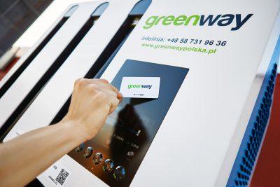 Drewniane karty płatnicze GreenWay dostępne w Polsce!